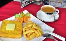 西多士配薯条 咖啡图片