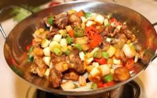 干锅飘香鸡