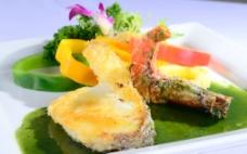 香煎银鳕鱼拼大虾图片