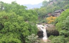 东溪金银洞瀑布图片