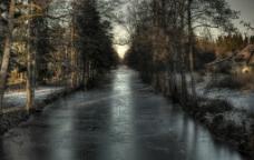 冬天 冻结 河面图片