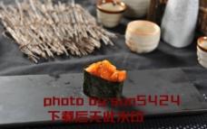 墨鱼仔军舰寿司图片