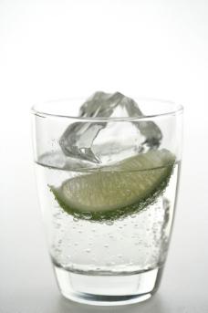 柠檬冰水图片