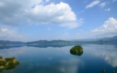 泸沽湖之湖心岛图片