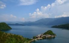 泸沽湖之湖中城图片