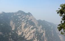 华山峭壁图片