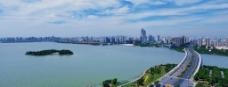 苏州工业园区金鸡湖大桥宽幅日景图片